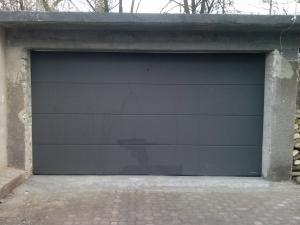 Brama Wiśniowski  kolor antracyt