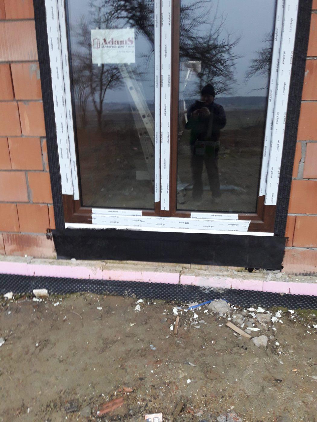 okno Adams Ideal 8000