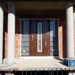 Drzwi wejściowe w nowym domu